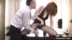 Hot office girl allows her pussy dildoed on table