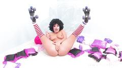 Curly buxom Asian slut wearing rollers London Keyes enjoys solo pussy masturbation