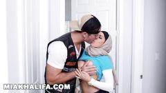 Hot Arab girl Mia Khalifa and her sister Julianna Vega are sharing one big white dick