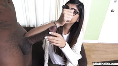 Young Arab girl Mia Khalifa enjoys interracial hardcore fuck at casting